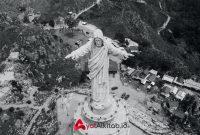 Gambar patung yesus